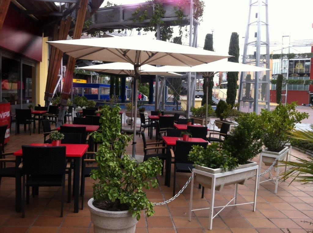Mobiliario Hostelería Reyma para terraza en antracita