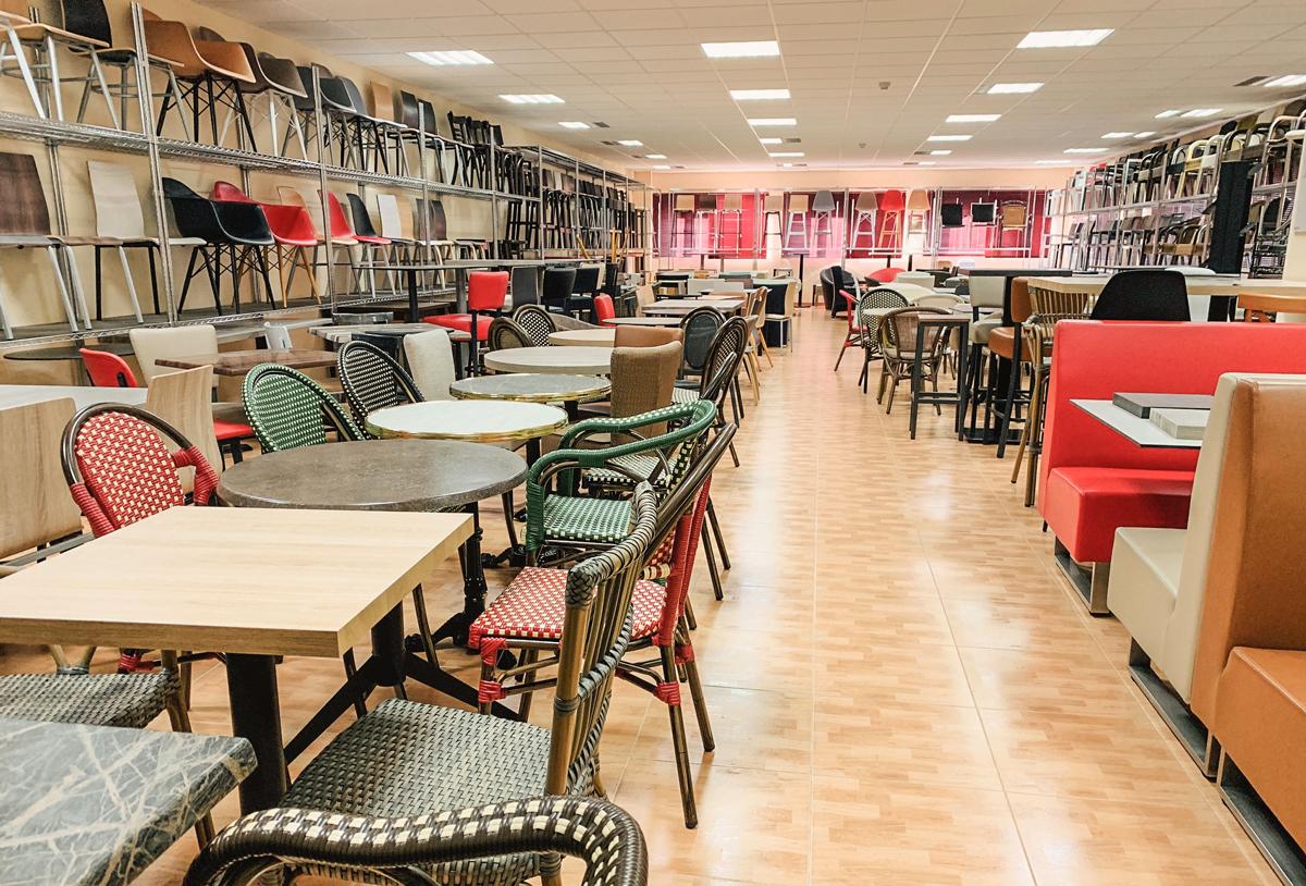 Mobiliario para Hostelería exposición y stock permanente